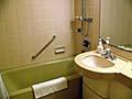 ビジネスホテルレベルのバスルーム